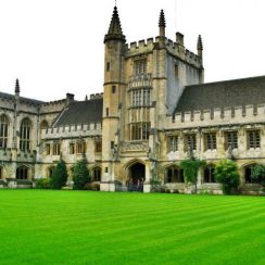 2019 Clarendon Fund Scholarships For International Students At Oxford University, UK
