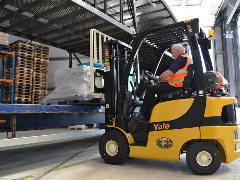Forklift Driver Needed In Leeds, UK – Apply Now
