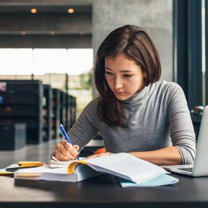 Ways to Get Scholarships in Canada
