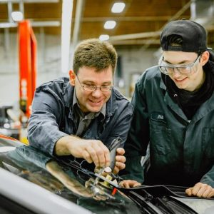 Apprentice Motor Vehicle Mechanic Needed At Station de service Mar-And Inc. in Quebec